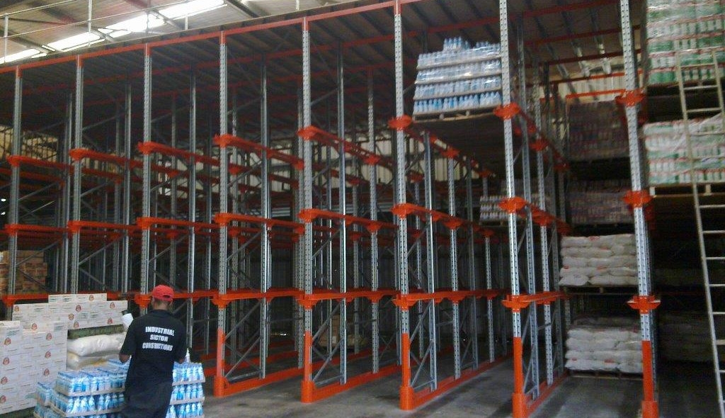 drive in pallet racking png